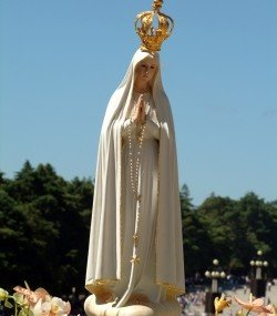 This makes me think… of Our Lady of Fatima
